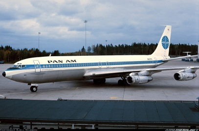 Boeing 707 and the start of low cost air travel